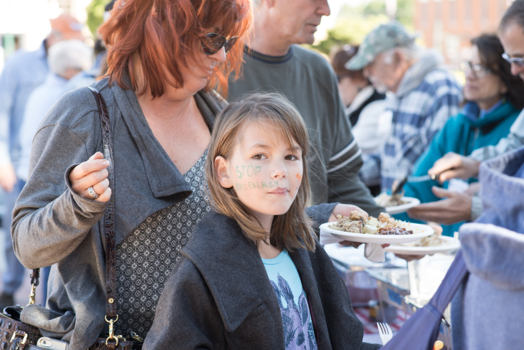 Attendees were treated to BBQ pork, chicken and tofu, as well as delicious sides, courtesy of the much-acclaimed Hubba Hubba Smokehouse of Flat Rock, North Carolina. Protect our Land Picnic in Hendersonville, NC on Sunday, October 18, 2015. Photo credit: katrinaohstrom.com